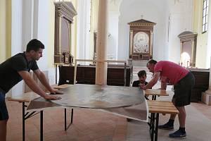 Zachráněný kostel v Boněnově ozdobí další obraz