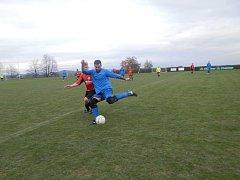 Snímky z utkání Bezdružic proti Studánce a Konstantinových Lázní s Tisovou.