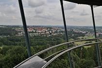 Rozhledna na Vysoké slouží Tachovanům i návštěvníkům už sedmým rokem