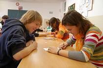 V tachovském gymnáziu se uskutečnilo oblastní kolo turnaje v piškvorkách.
