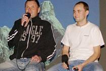 Jan Vesták z Prahy a Jakub Bouda ze Stříbra vyprávěli své zážitky z cesty na vrchol hory Ama Dablam.
