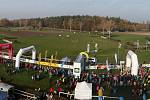 Dostihové závodiště Velké pardubické zdolali i běžci z Tachovska