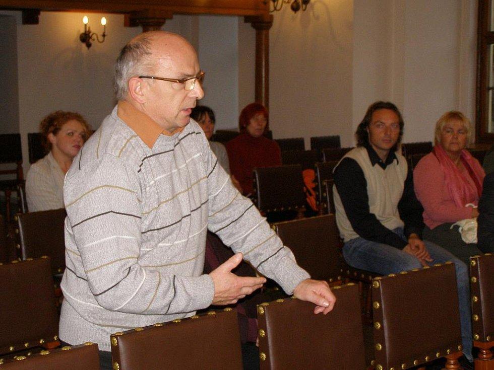 Ve Stříbře se sešli senátoři se starosty Tachovska