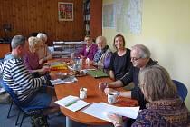 Setkání vědců s pamětníky poválečného osidlování Studánky, 7. 5. 2019