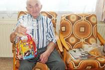 JOSEF KUBÍK dnes žije v tachovském penzionu.