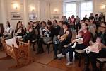 Páté letošní vítání nových občánků se uskutečnilo ve čtvrtek v obřadní síni zámku v Tachově