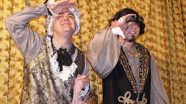 Na prkna přinesli divadelníci pohádkový kus