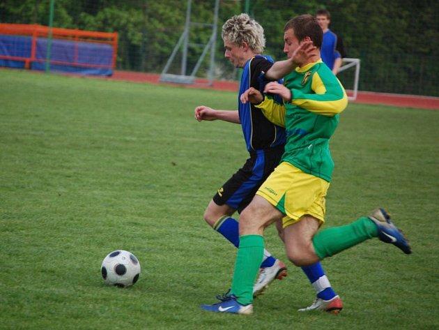 Fotbalisté Stříbra byli v utkání přeboru po třech minutách na ručník