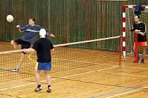 Nohejbalový turnaj vyhráli Rumuni z Plané.