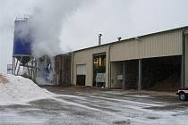Požár v dřevozpracující firmě v Chodové Plané.