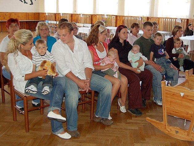Na Částkovsku vítali občánky.