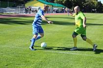 Chodová Planá (zelenožluté dresy) padla s Mrákovem na penalty.