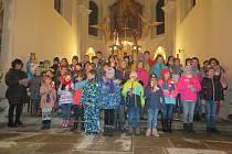 Děti zpívaly v kostele