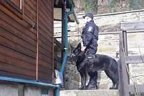 Strážníci zkontrolovali chatové oblasti u Stříbra.