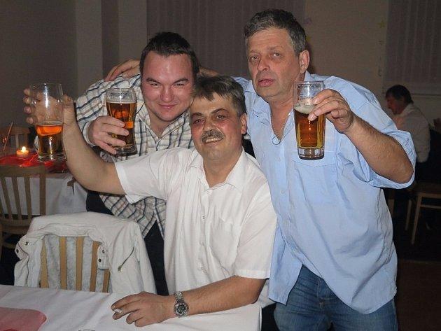 Tradiční Městský ples se konal v sobotu v Černošíně.