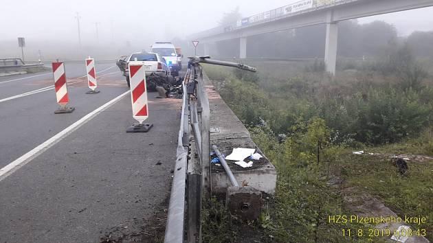 Nehoda u Plané.