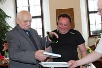 Miloslav Souček pokřtil ve Stříbře svoji knihu Srdcové Eso.