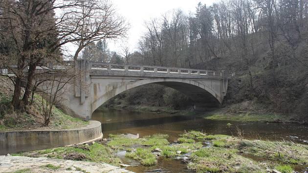Most ve Svojšíně se bude rekonstruovat.