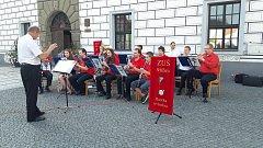 Zlatíčka ze Stříbra na loňském promenádním koncertě ve Stříbře.