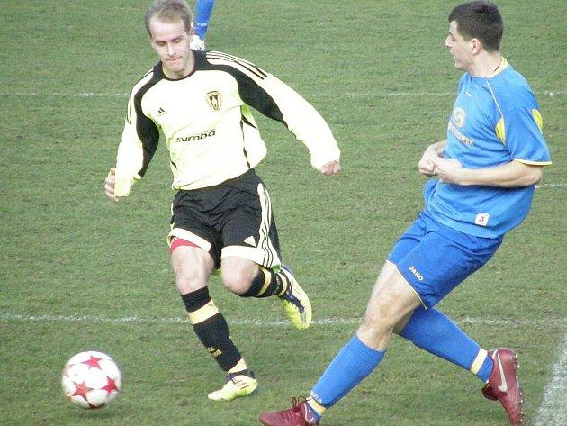 Fotbal – Fincentrum KP: B. Stříbro – Senco Doubravka 0:3