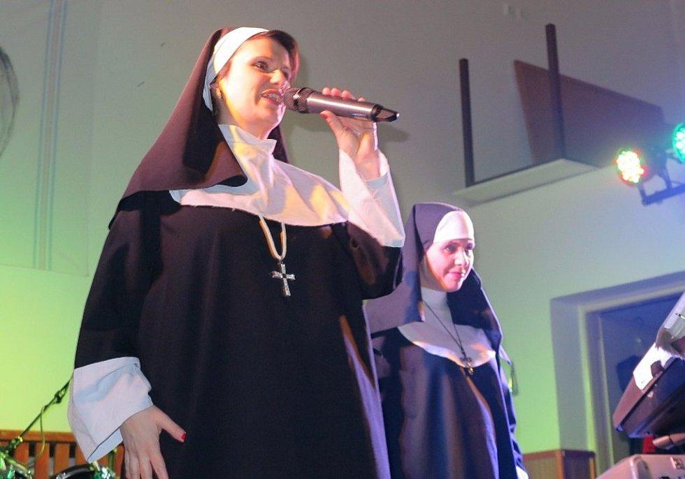Ostrůvky tančily ve Vranově