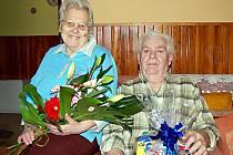 Zdeňka a Josef Folejtarovi (na snímku) z Tachova oslavili v sobotu padesát let společné cesty životem.