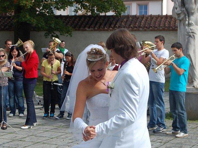 V sobotu se oženil dlouholetý člen Dechového orchestru mladých Tachov Lubomír Podzimek