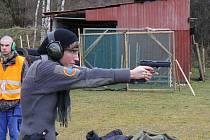 NA ZÁVĚR LETOŠNÍ SEZONY se na střelnici U Plynáren v Tachově uskutečnil Memoriál Antonína Moravce v IPSC střelbě.