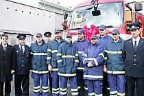 Borský sbor dobrovolných hasičů (na snímku) se může od soboty pyšnit novým zásahovým vozidlem.