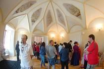 Tachovsko - Zámky v Boru a ve Svojšíně přivítaly novou turistickou sezónu. Zájem ze strany veřejnosti se projevil hned při prvním návštěvním dni.