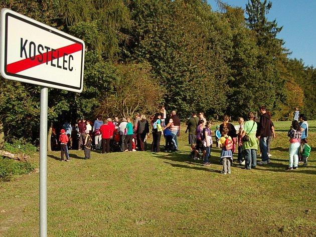 Pohádkový les lákal děti v Kostelci