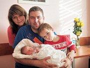 Anetka (3,27 kg a 48 cm) se narodila 2. listopadu 2014 ve 4:58 ve Fakultní nemocnici v Plzni. Z narození holčičky se radují manželé Petra a Pavel Vackovi z Plzně se synem Kubíkem (3 roky), který se na sestru moc těšil.