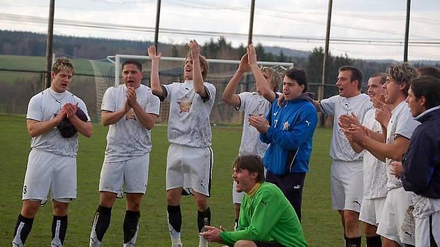 Fotbalová 1. B třída – skupina A: Slavoj Stod – TJ Rozvadov 0:3 (0:1)