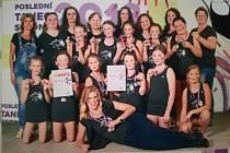 Dívčí taneční skupina 11Stars vybojovala v Klatovech dvě medaile.
