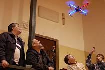Vánoční polétání tachovských leteckých modelářů