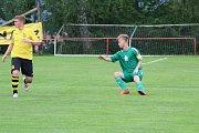 Novou sezonu krajského přeboru zahájil Rozvadov domácím utkáním proti Sokolu Lhota, které skončilo 1:1 a na penalty vyhrála Lhota.