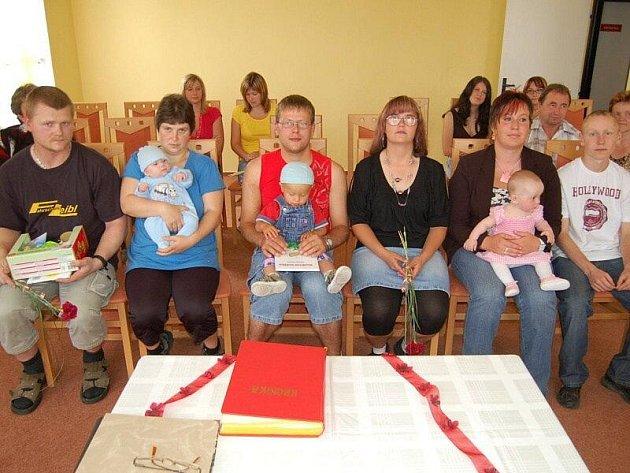 Vítání občánků v Cebivi.