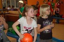 Na letních hrách se v Tachově sešli žáci čtvrtých tříd z české a německé strany hranic.