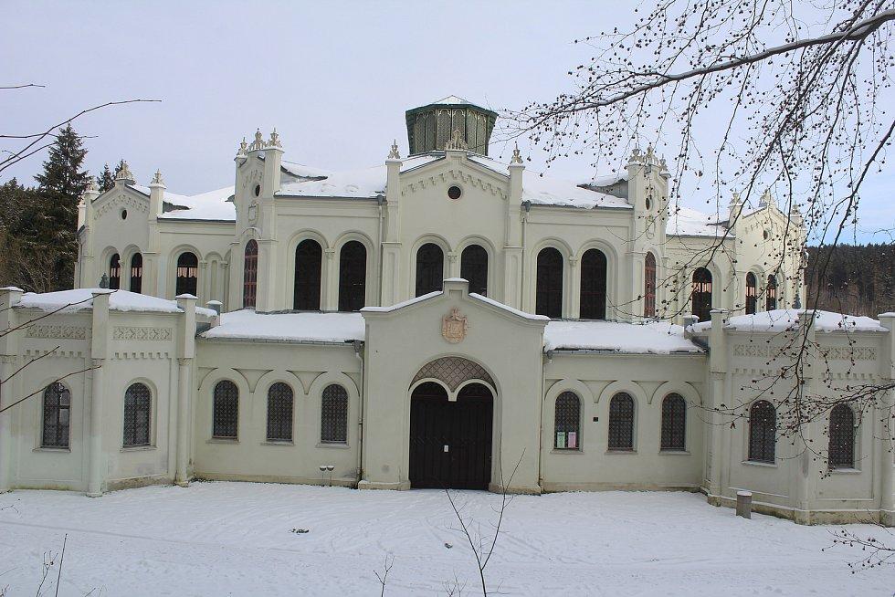 Jízdárna v osadě Světce u Tachova.