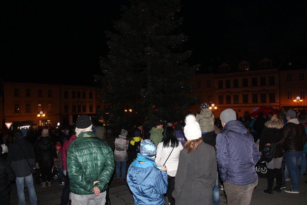 Rozsvícení vánočního stromu v Tachově