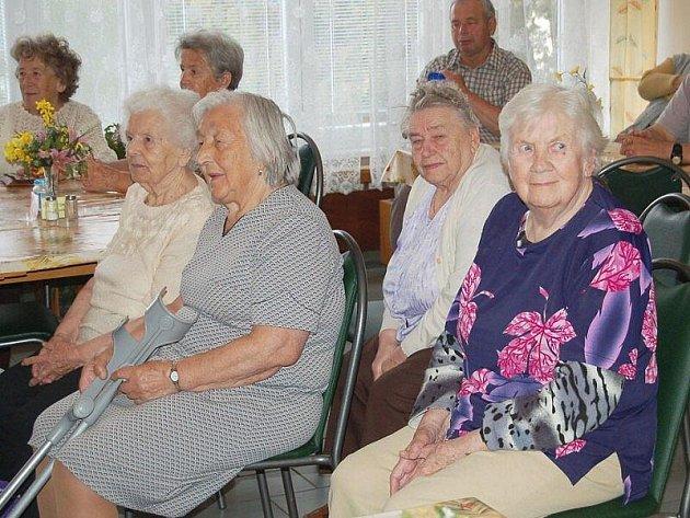Deset let oslavil ve čtvrtek Domov pro seniory v Tachově.