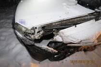 Z nehody autobusu ve Stříbře.