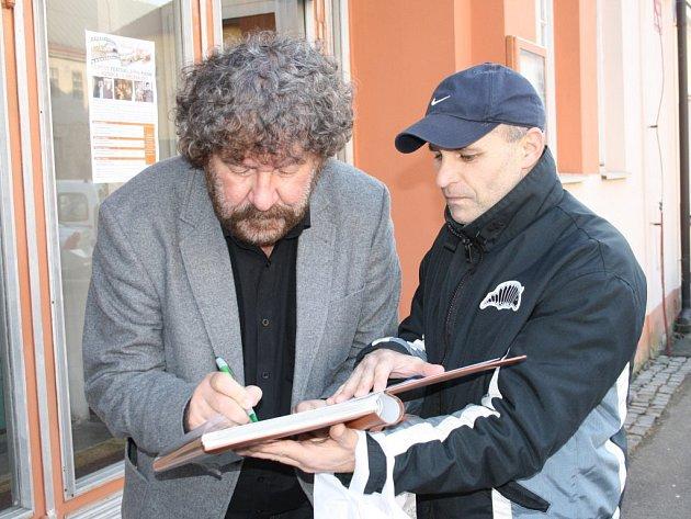 Zdeněk Troška při zahájení Filmového festivalu Jiřího Kalaše v Plané.
