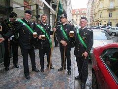 Horníci ze Stříbra a Plané se zúčastnili průvodu v Praze.