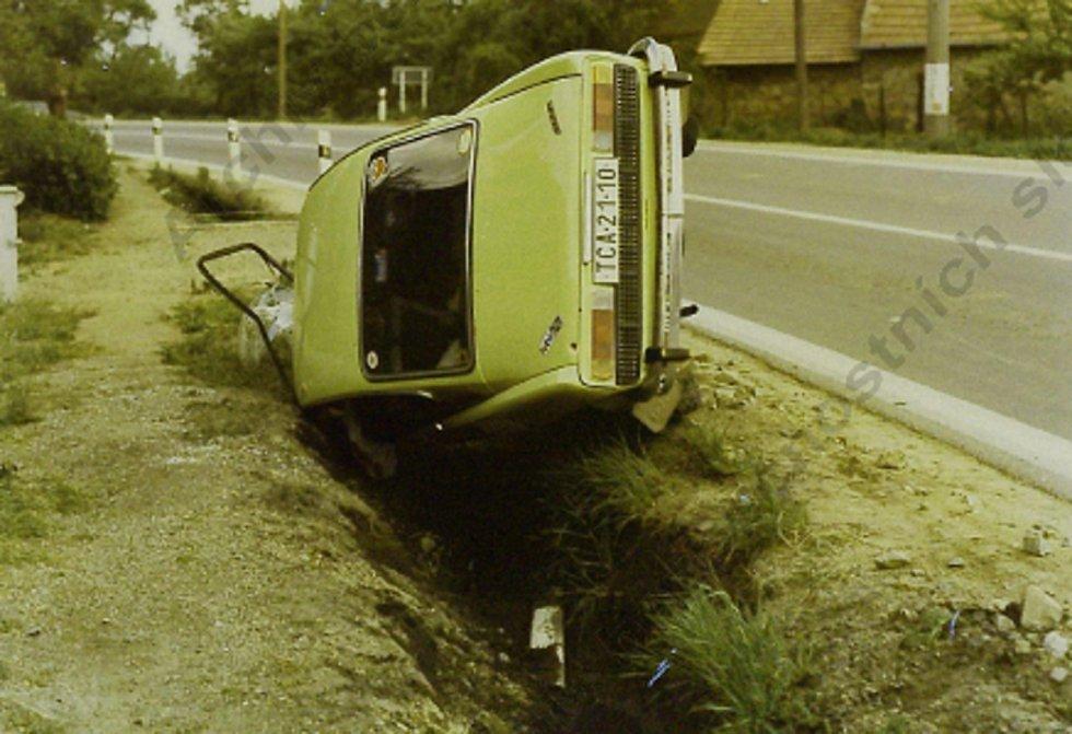 Kadrnožka. Vozidlo, ve kterém havaroval vrah.