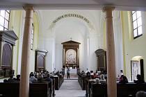 Musica Florea zavítá do Boněnova. Na snímku interiér kostela v Boněnově.