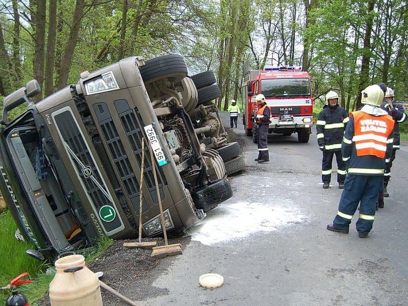 Kamion sjel u Kyjova ze silnice