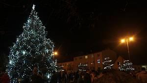 Rozsvěcení vánočních stromů v regionu