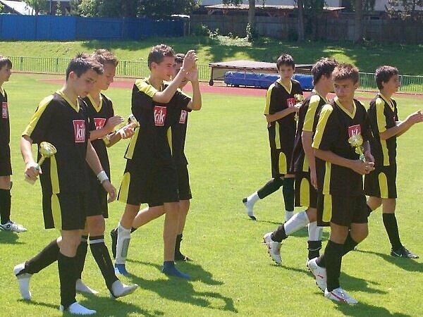 Fotbal – divize starších žáků: FK Tachov – Senco Doubravka 2:3 (2:0)