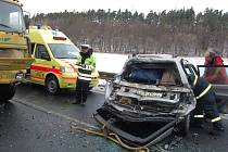Dopravní nehoda osobního vozu VW Passat a nákladního vozu Liaz.